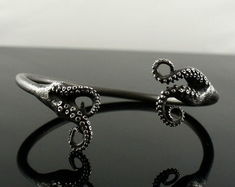 SALE-Ready to ship!  Octopus Jewelry, tentacle bracelet, tentacle cuff, octopus Bangle - Double Tentacle Split Bangle