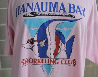 """VTG Hanauma Bay T shirt,Made in USA,Hanes Fifty Fifty Tee,Oversize,up to 45"""" Chest,Pink,Fish Graphics,Snorkeling Club"""