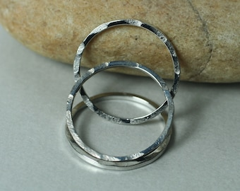 Hand hammered textured round link O ring connector size aprox 24mm outer diameter select your color and quantity GMK FA00102