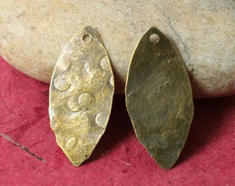 Hand hammered antique brass marquise dangle drop size 26x12mm, 2 pcs (item ID XW02790ABC)