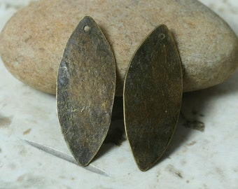 Hand hammered antique brass marquise dangle drop charm size 33x13mm, 2 pcs (item ID XW00934ABD)