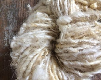 Creamy white Lincoln wool locks yarn, 50 yards, bulky chunky curly handspun, rustic art yarn, curly white yarn, undyed art yarn, doll hair