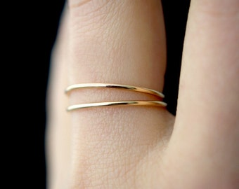 Set of 2 Medium Thickness Gold stacking rings, thin gold filled stacking rings, 14k gold fill ring, hammered gold stack rings, 14k gold ring