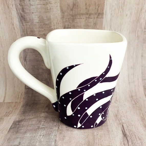 Mugs. Octopus Mugs, Sea, Octopus. Coffee, 12 oz, Handmade by Sara Hunter