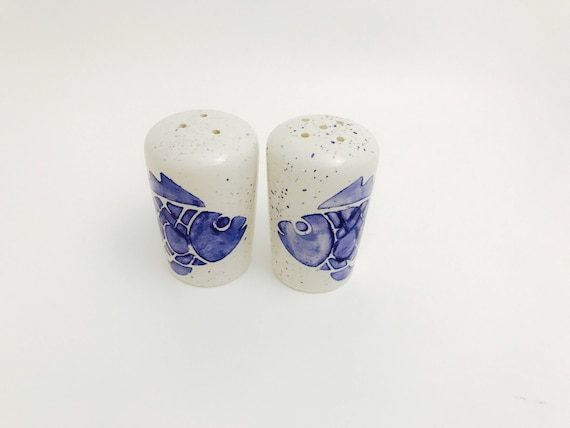 Fish Salt and Pepper Shakers. Salt. Pepper. Fish. Shakers. Circles. Dots. Condiment. Handmade by Sara Hunter