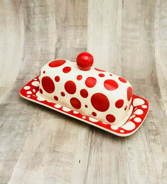 Butter Dish.Red Dot Knobbed Butter Dish. Red. Dot. Bubble. Polka Dot. Handmade by Sara Hunter.