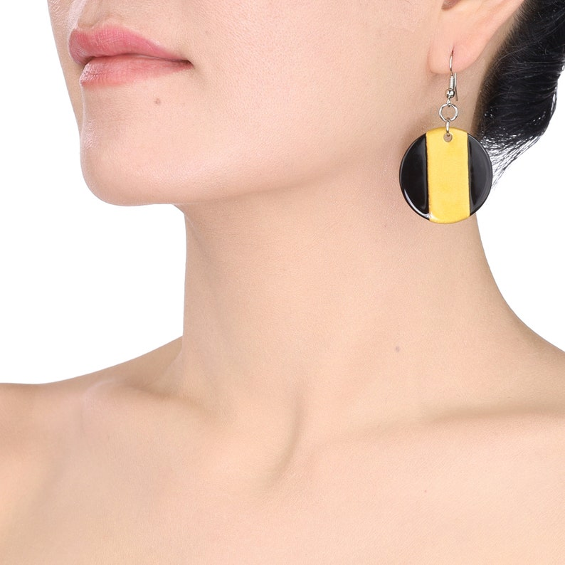 Wholesale Price Horn /& Lacquer Earrings #13895