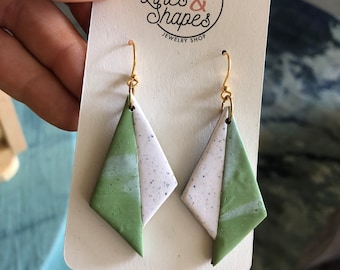 Misaligned Triangles - Polymer Clay Dangle Earrings in Leafy Green and Speckled White