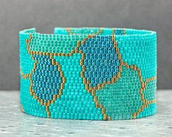 Beaded Bracelet, Cuff Bracelet, Abstract, Green, Peyote Bracelet, Beaded Jewelry, Seed Bead Jewelry, Gift Idea