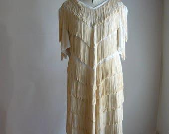 Vintage FRINGED Flapper Dress / LARGE size 16 18 20 / Short Sleeves 1990s Cocktail /  1920s Inspired Stretchy Ivory White Fringe