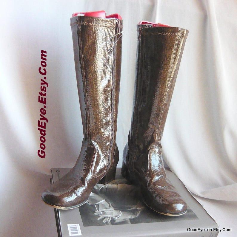 9bdac1a8d666f Size 4 - Vintage Brown Patent Leather GoGo Boots / sz Eur 35 UK 2 / NINA  Flat Knee Boot w Side Zipper