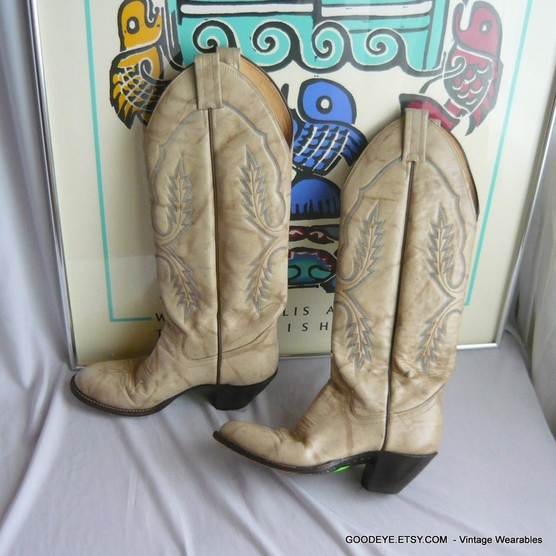 75bc07fb310 Vintage Womens Handmade Cowboy Boots / size 6 C Eu 36 UK 3 .5 / Ivory White  Gray DISTRESSED Leather / Western Rockabilly SANDERS