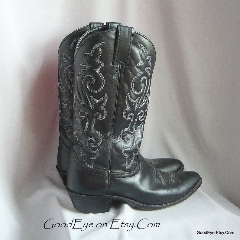0efd2559f68a5 Mens Vintage JUSTIN Cowboy Boots / size 10 D Eu 43 UK 9 .6 / Black Leather  w White WESTERN Flame Stitched / Ladies sz 11 .5