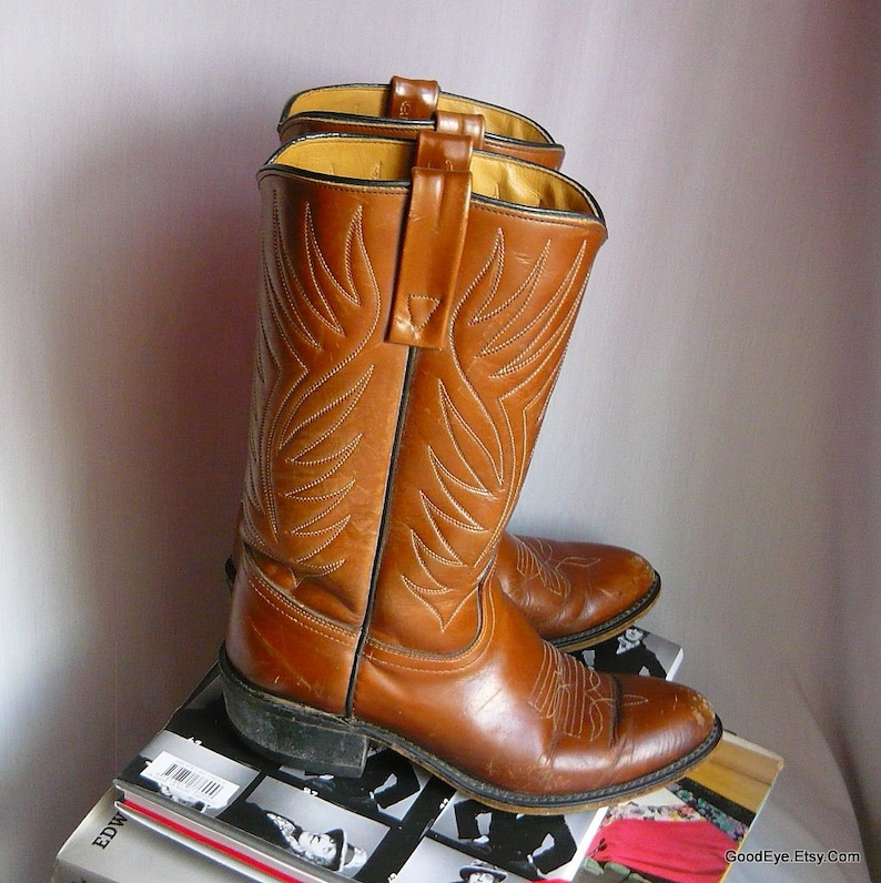 34739dd2499 Ladies size 9 M - Vintage ACME Leather Cowboy Boots / sz Eu 40 UK 6 .5 /  Flame Stitched Mens 7 .5 D Width / Cognac Brown USA Western