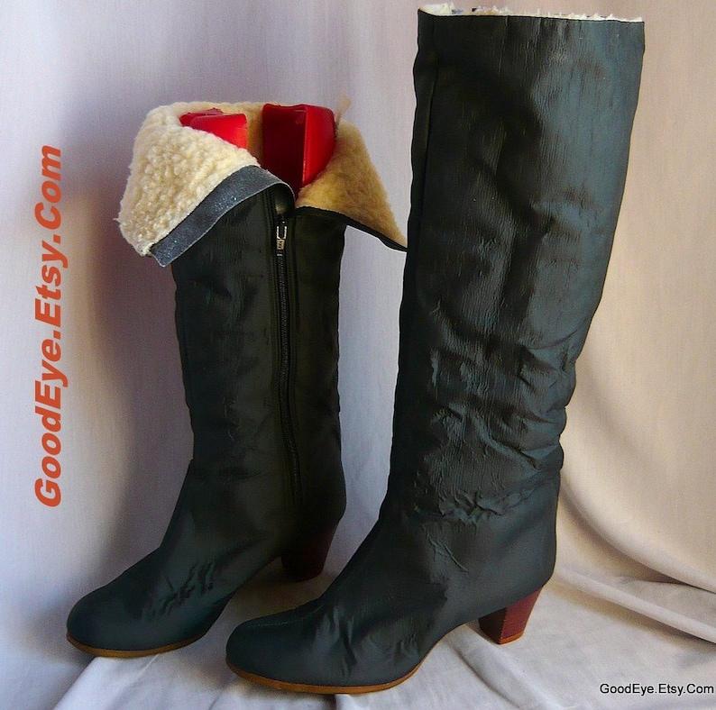 3d996f743f12e Vintage Rain Snow Boots with Fleece / size 8 Narrow Width Eur 38 .5 UK 5 .5  / Cold Weather Black Fabric / JOYCE Low Heels