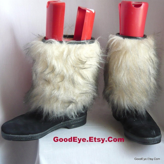 3dbe1e14e2b64 Vintage SNOWLAND Fur Ankle Boots / Size 8 Eur 38.5 UK 5.5 / Black Suede  Fleece Lined / Faux Fur Cold Weather Winter