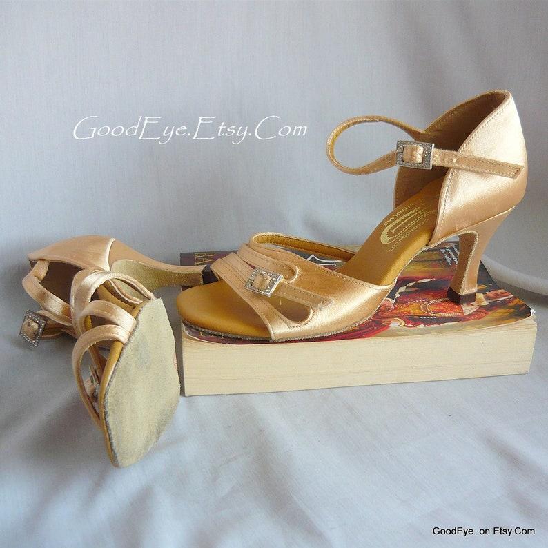 c48e24821cfa Vintage Peach Pink SATIN Dance Shoes / size 6 Eu 36 UK 3 .5 / | Etsy