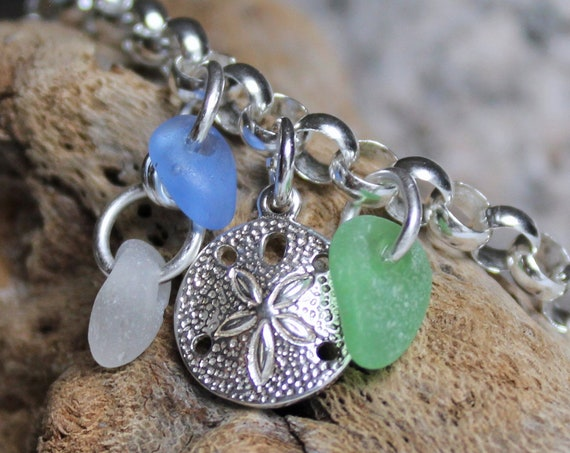 Little Sand Dollar sea glass bracelet in cornflower blue, soft green and white