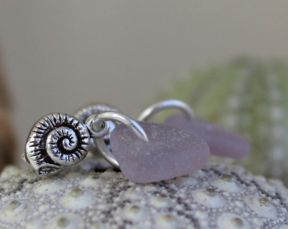 Little Nautilus sea glass earrings in lilac