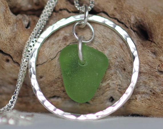 Sea Circle beach glass necklace in kelly green