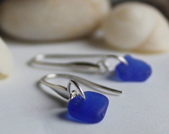 Horizon sea glass earrings in cobalt blue