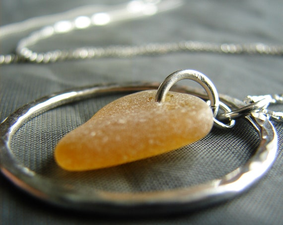 Sea Circle necklace in amber sea glass