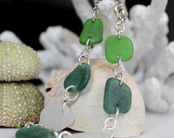 Neptune's Daughter sea glass bracelet in ocean greens