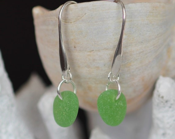 Horizon sea glass earrings in bright green