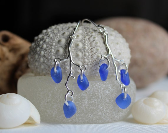 Winterberry sea glass earrings in cobalt blue