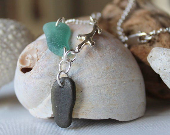 Deepest Sea necklace in teal and olive