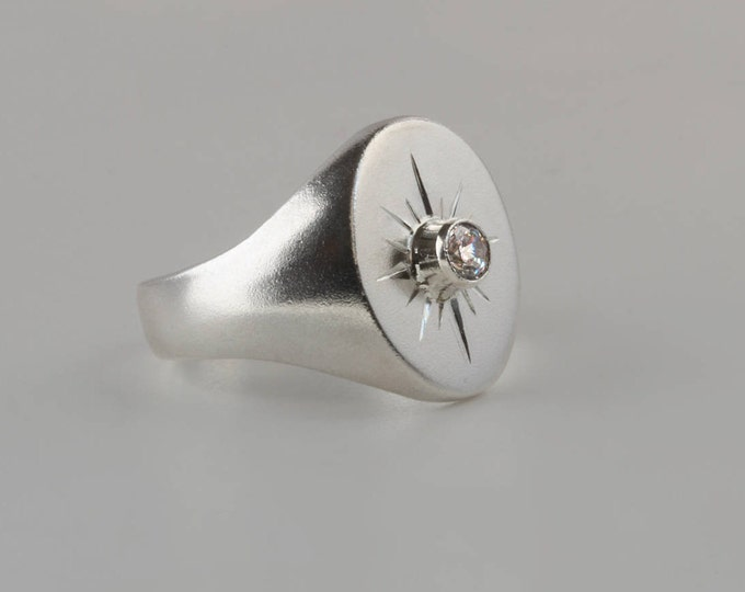 Mens signet ring - North star signet ring in sterling silver starburst engraving