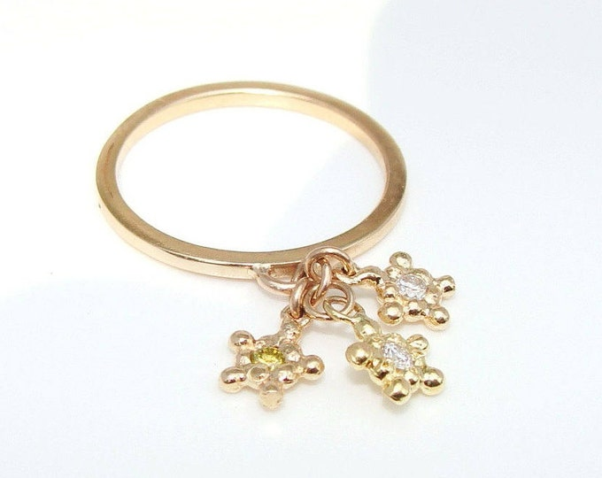 Star charm ring with diamonds