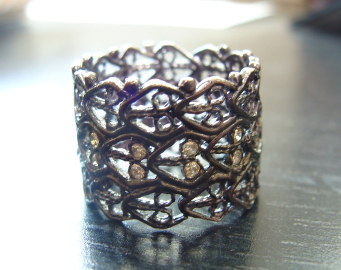 lace cigar band wedding ring with cognac diamonds