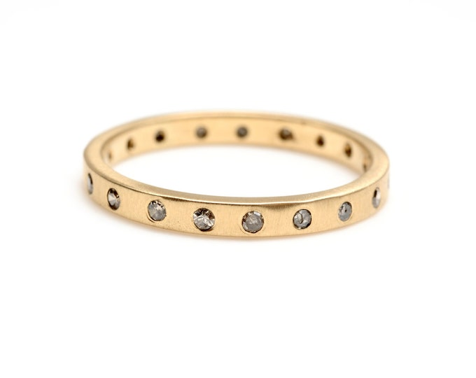 Gold eternity ring - 14kt yellow gold and chocolate diamonds