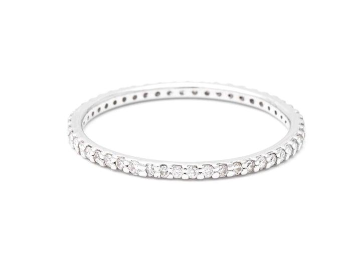 Diamond eternity ring in 14k white gold, white diamond wedding ring, Eternita ring