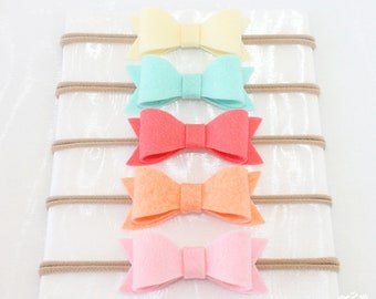 Baby Headbands, Nylon headbands, Nylon Baby Headband. baby headband. newborn headband. baby girl. baby gift. baby shower gifts. baby bows