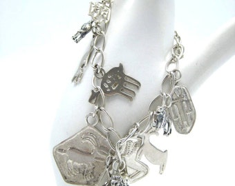 Vintage Sterling Silver African Safari Themed Charm Bracelet with 14 Themed African Charms