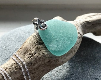 Sea glass Necklace - Sterling Sea glass jewelry - Gift for her - Simple necklace - Beach glass necklace - Mermaid Life