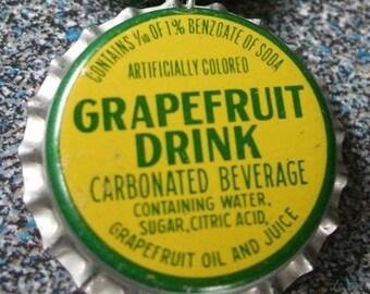 Grapefruit Bottlecap Green Hemp Necklace