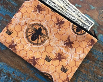 medium zipper pouch bee well