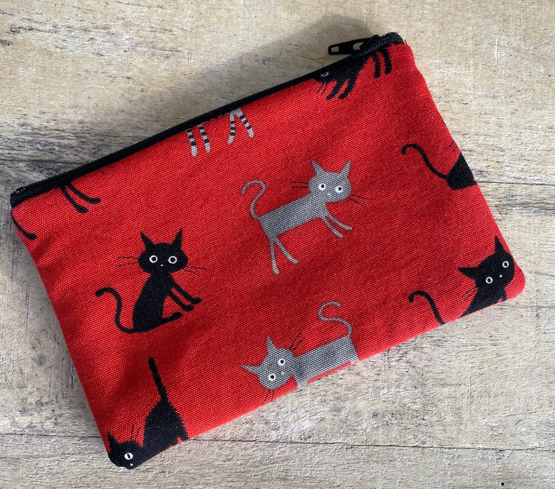 small cell phone change purse frazzled kitty image 0