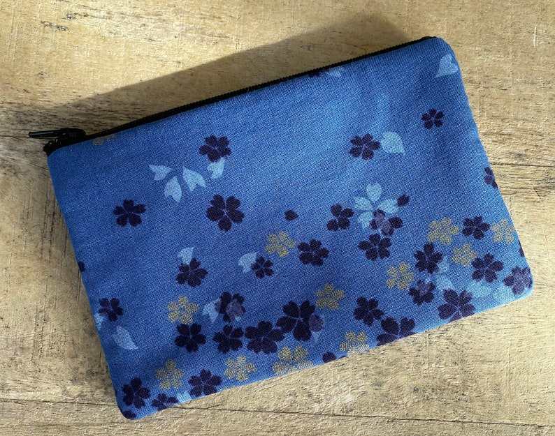 small cell phone change purse blue sakura image 0