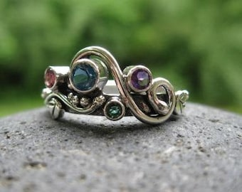 unique multi stone mothers ring. 4, 5 or 6 birthstones . sterling silver mothers ring . Wild Garden Mother's Ring . multi stone ring