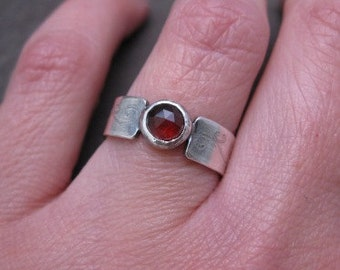 sterling silver band with blood red garnet . Gothic Flourish Ring . size 7 . silversmith ring . one of a kind . garnet ring . jewelry sale