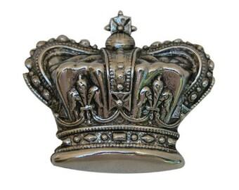 Large Crown Medallion