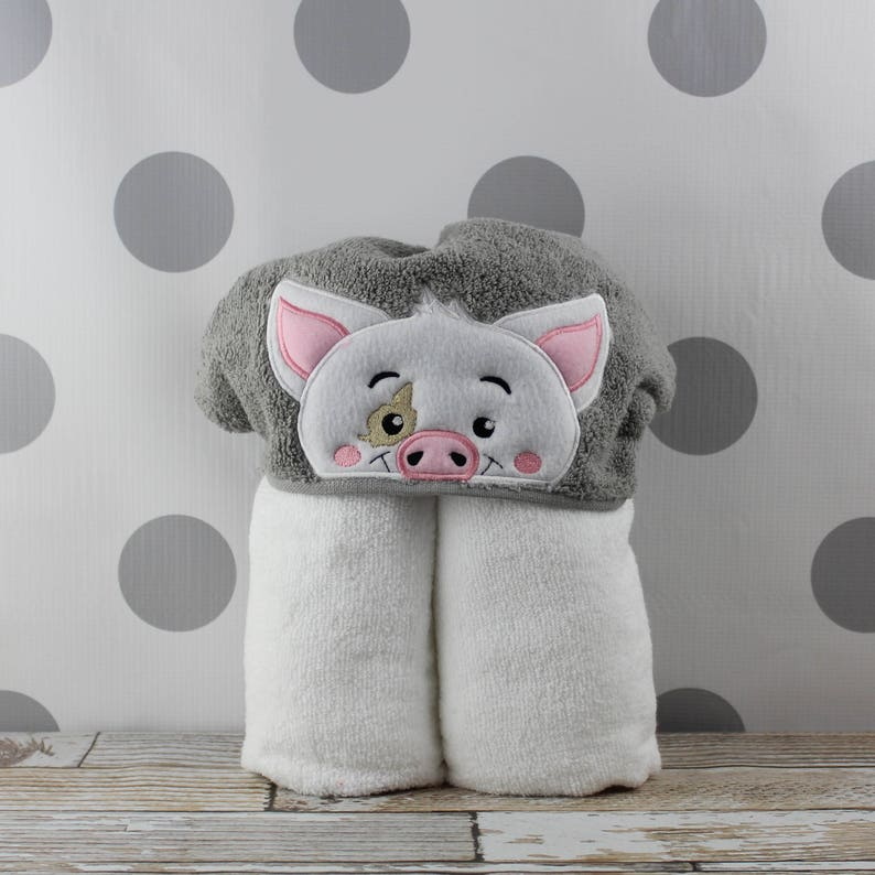 Kids Pua Pig Hooded Towel  READY TO SHIP Pua Towel for Bath image 0