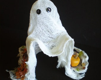 Spirit of Autumn cheesecloth ghost Halloween centerpiece Thanksgiving decoration old fashioned vintage style fall harvest home decor