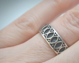 Sterling Silver Ring, Cigar Band Ring, Silver Ring, 1970's Ring, Vintage Ring, Size 7 Ring, Sterling Band Ring