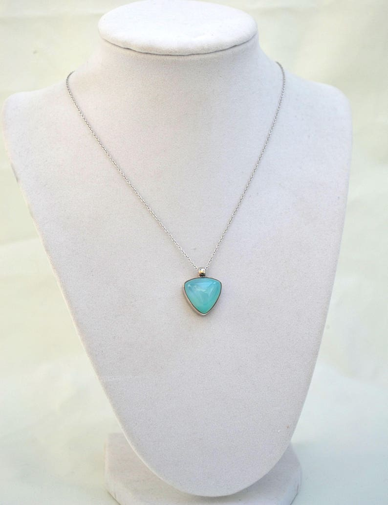 1980/'s Necklac Sterling Silver Pendant Necklace Blue Chalcedony Necklace Blue Pendant Vintage Pendant