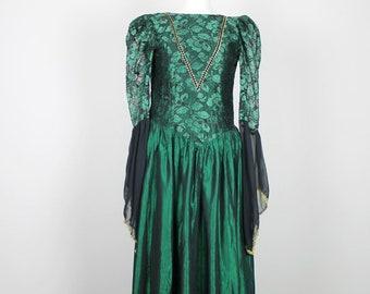 56b8c2e50ab2eb Emerald Green Gown. Womens Green Renaissance Dress. Womens Green gown  Halloween Costume. Womens Green princess Dress. Womens BRAVE dress